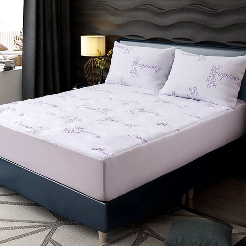 Maison Blanche | Lavender Scented Waterproof Mattress Protector - Magasins Hart | Hart Stores
