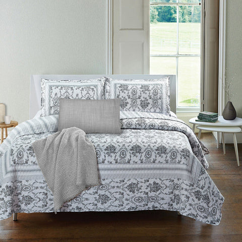 Octavia 3 Piece Quilt Set