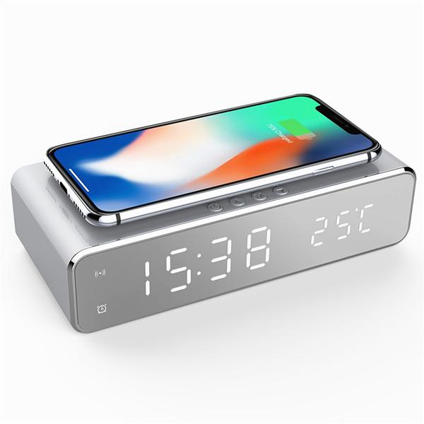 Digital Clock with Wireless Charging - Magasins Hart | Hart Stores