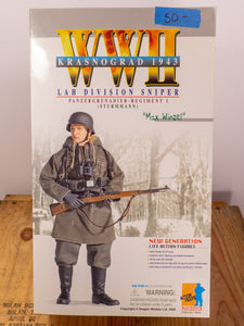 "Dragon Action Figures WWII LAH Division Sniper ""Max Winzel"""