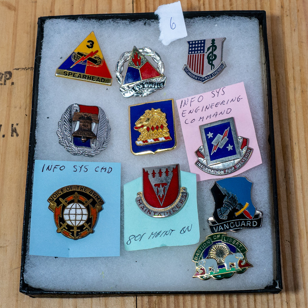 Lot of 10 Distinctive Unit Insignia / Unit Crest  - Lot #6