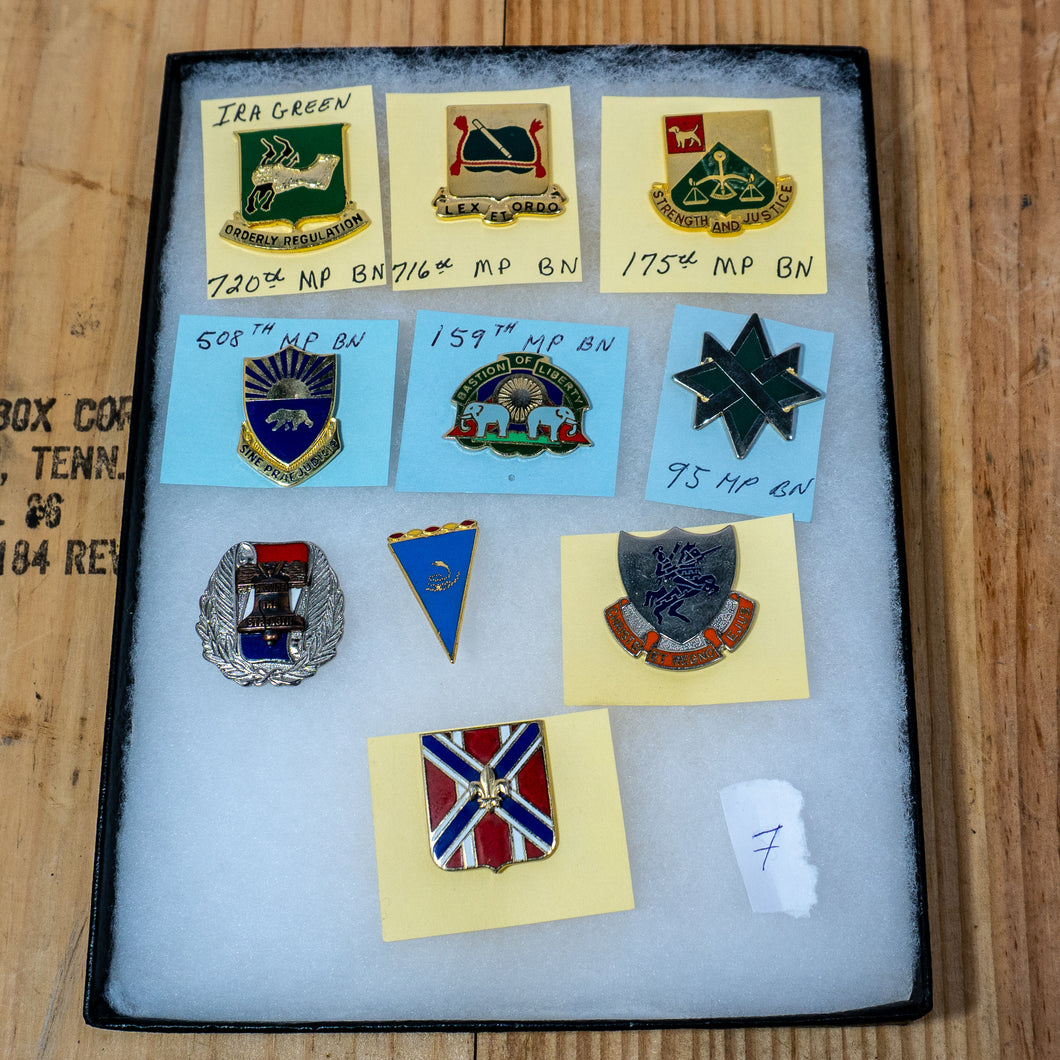 Lot of 10 Distinctive Unit Insignia / Unit Crest  - Lot #7