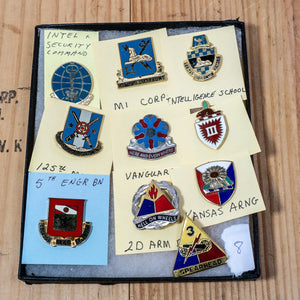 Lot of 10 Distinctive Unit Insignia / Unit Crest  - Lot #8
