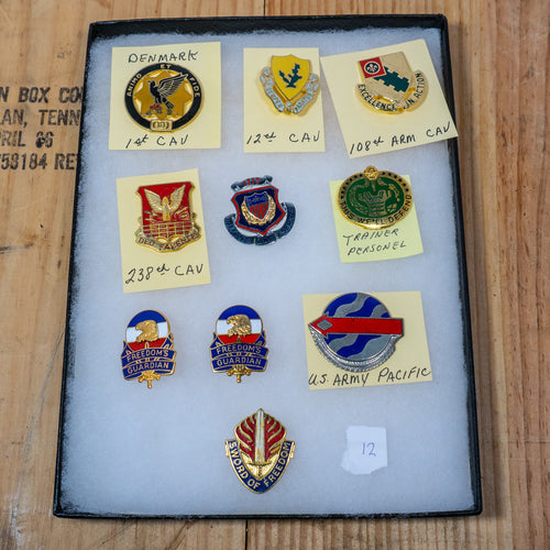 Lot of 10 Distinctive Unit Insignia / Unit Crest  - Lot #12