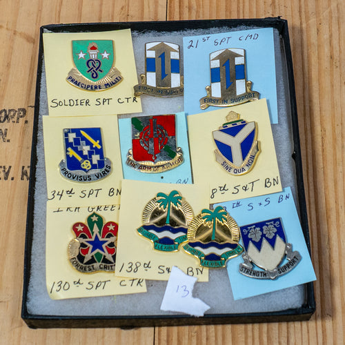 Lot of 10 Distinctive Unit Insignia / Unit Crest  - Lot #13