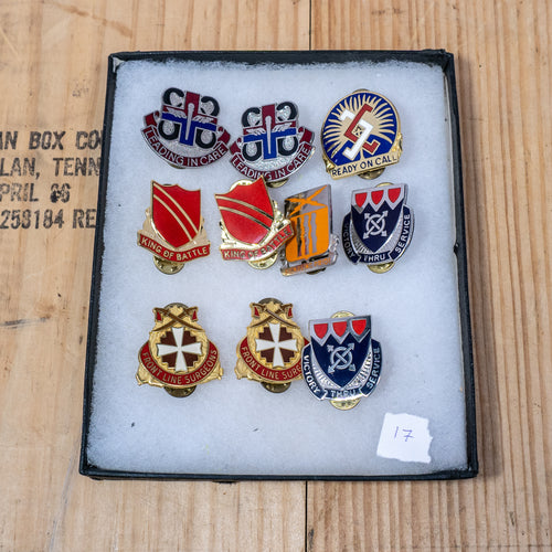 Lot of 10 Distinctive Unit Insignia / Unit Crest  - Lot #17