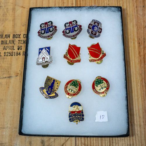 Lot of 10 Distinctive Unit Insignia / Unit Crest  - Lot #18