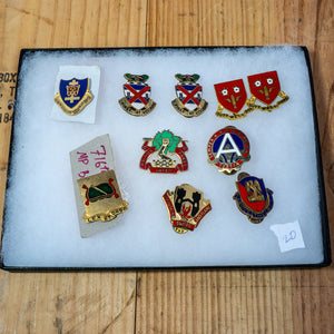 Lot of 10 Distinctive Unit Insignia / Unit Crest  - Lot #20