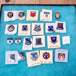 Lot of 20 Distinctive Unit Insignia / Unit Crest  - Lot #25