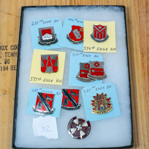 Lot of 10 Distinctive Unit Insignia / Unit Crest  - Lot #32