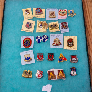 Lot of 25 Distinctive Unit Insignia / Unit Crest  - Lot #33