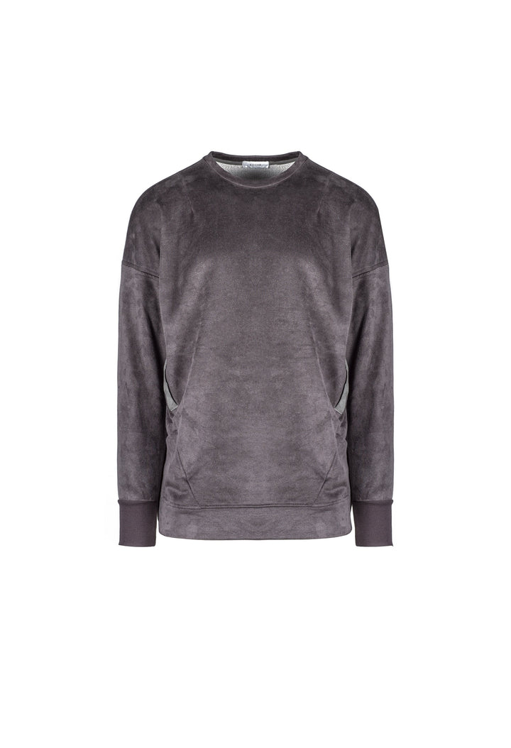 SignaturePullover_charcoal_d1bfd4dc-ae49-4889-be66-090b4507b55f.jpg