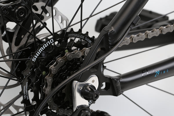2020 Haro MTB FL Two 29 Matte Black Detail 4.