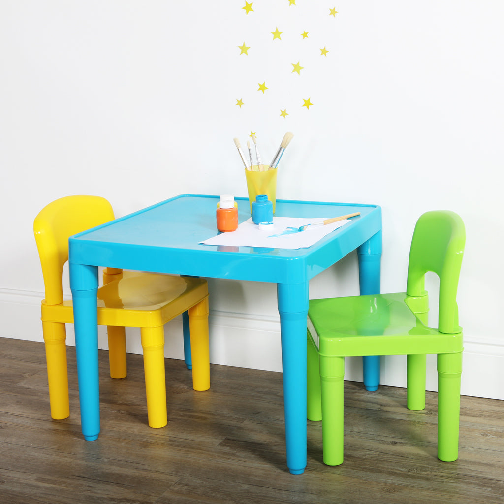 Elements Plastic Table & 2 Chairs