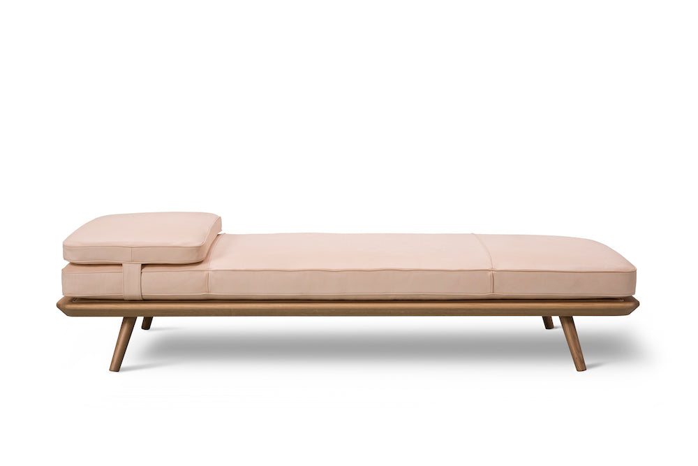 Spine Daybed 1700