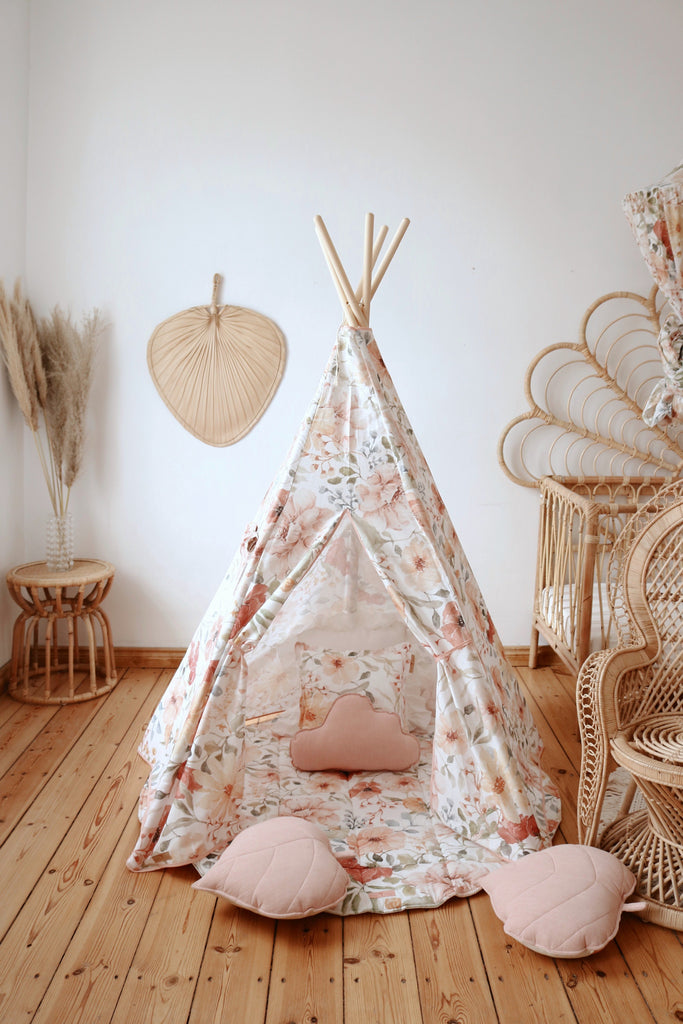 Classic Teepee Tent With Flower Prints