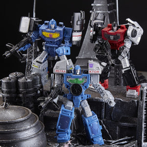 Transformers Generations War for Cybertron: Siege Deluxe Refraktor 3-Pack (G1 Toy Colors) - Exclusive