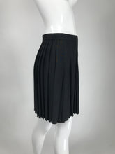 Thierry Mugler Black Crepe Side Snap Pleated Mini Skirt 1980s