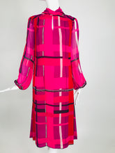 La Mendola Couture Hot Pink Silk Chiffon Modernist Print Dress 1970s