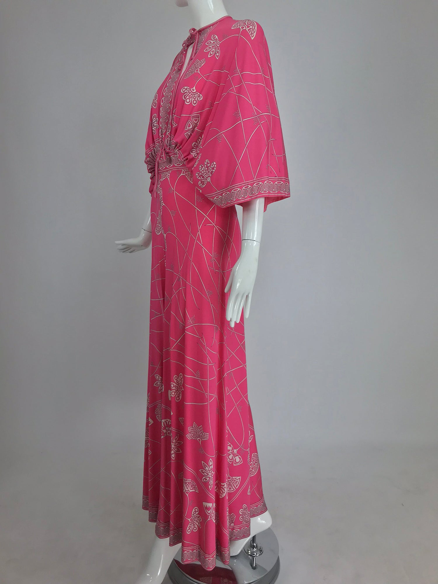 Emilio Pucci silk jersey plunge top and palazzo trouser 1970s – Palm ... 59cbea78f