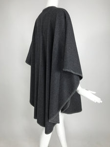 Valentino Grey Wool Cape Lined in Grey Sweater Knit Vintage 1980s