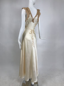 1930s Cream Silk Charmeuse Bias Cut Coture Gown With Ecru Lace Trim