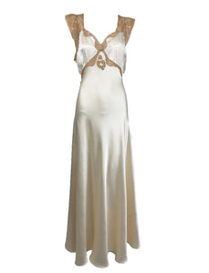 1930s Cream Silk Charmeuse Bias Cut Couture Gown With Ecru Lace Trim