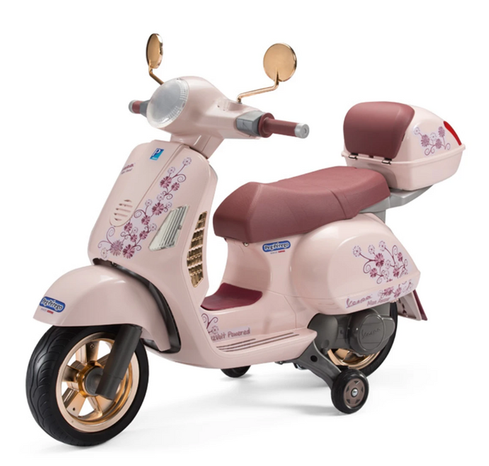 Vespa with Case - Mon Amour - Special Edition Motorbike