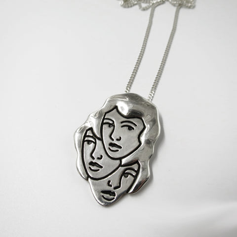 3 heads Necklace