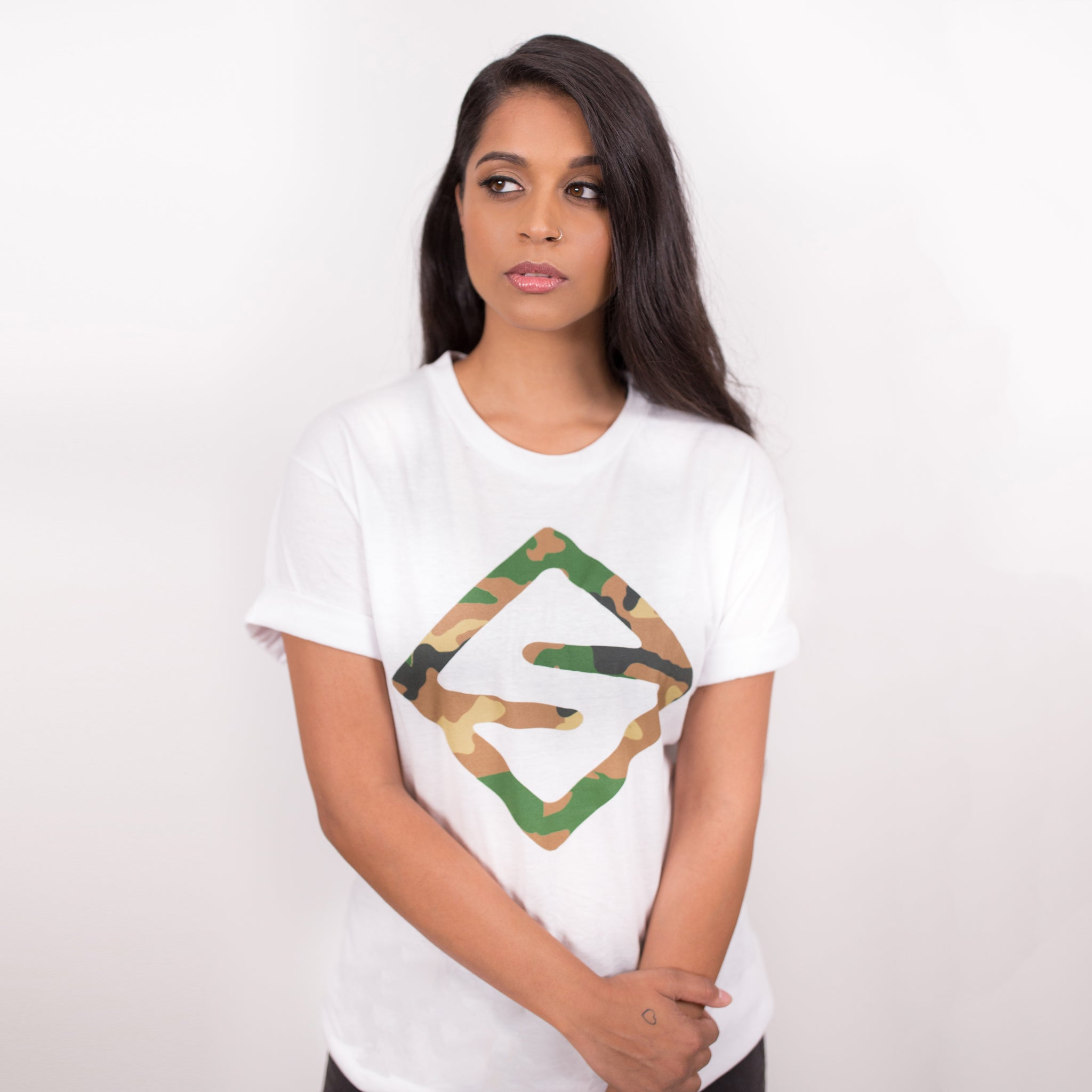 CAMO TEAM SUPER LOGO TEE