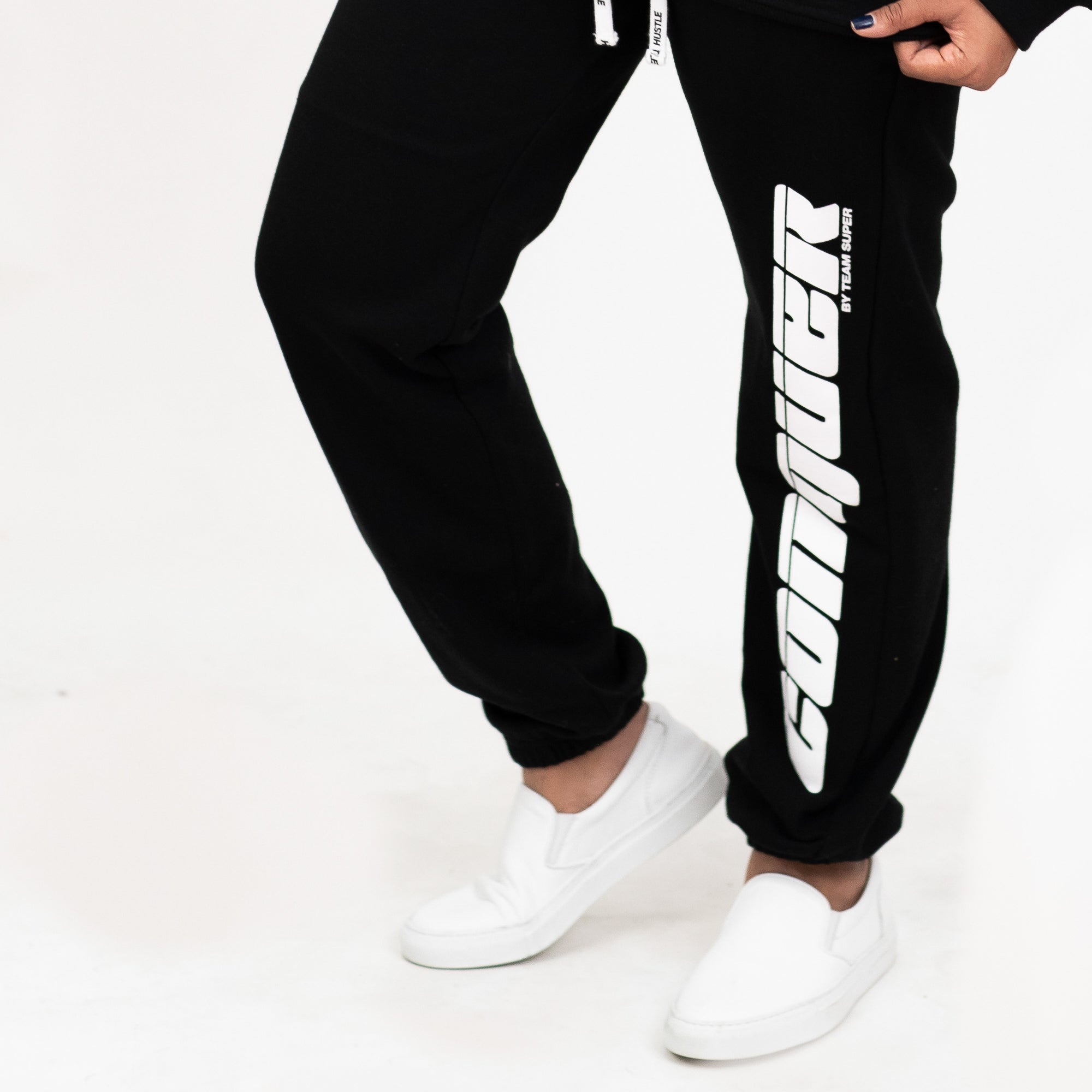 Conquer Sweatpants - Black