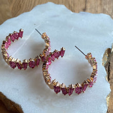 PEEKABOO BAGUETTE HOOP EARRINGS - PINK