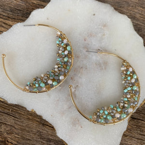 CLUSTER BEADED HOOP EARRINGS - MINT/GREY