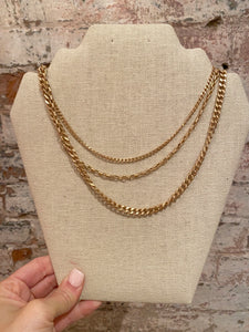 TRIPLE STRAND LAYERED CHAIN NECKLACE