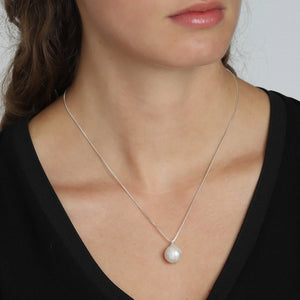 AMA SILVER NECKLACE WHITE PEARL