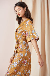 ROTATION WRAP TOP MARIGOLD FLORAL