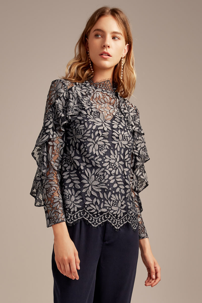 KEEPSAKE – ENGAGE LACE TOP NAVY