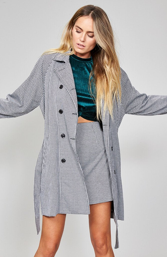 HOUNDSTOOTH TRENCH COAT
