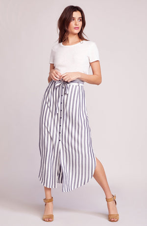 Stripe like navy skirt is a midi length with a button front and belted waist. BB dakota, skirt, midi length, stripe, belted, navy, Blush and Lace, women's, fashion, Oakville, boutique, upscale, quality.