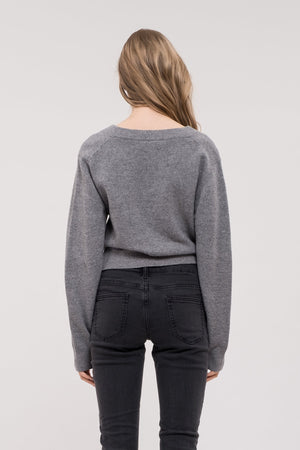 TWIST FRONT KNIT TOP GREY
