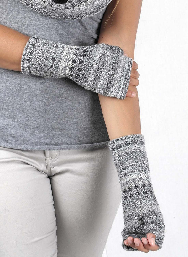 Alpaca Gloves Printed Monochrome by Shupaca