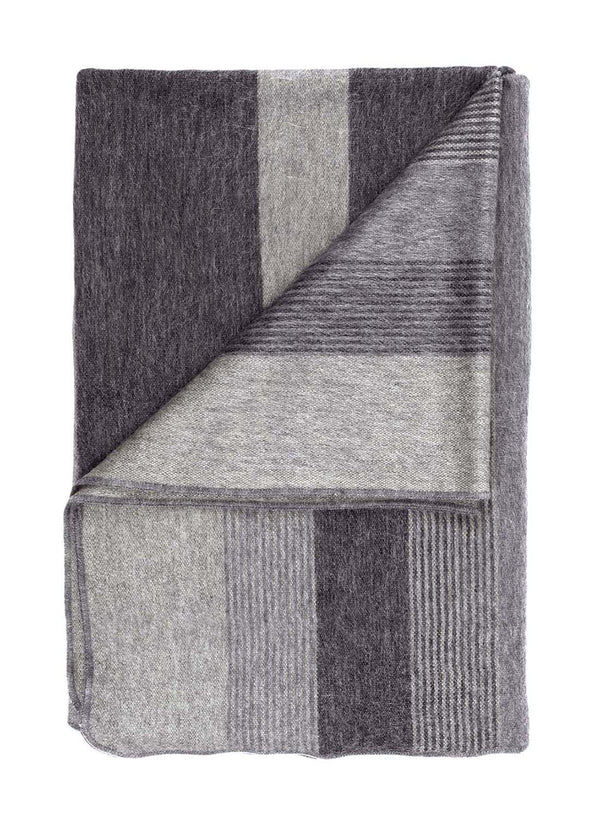 Alpaca Throw - Charcoal
