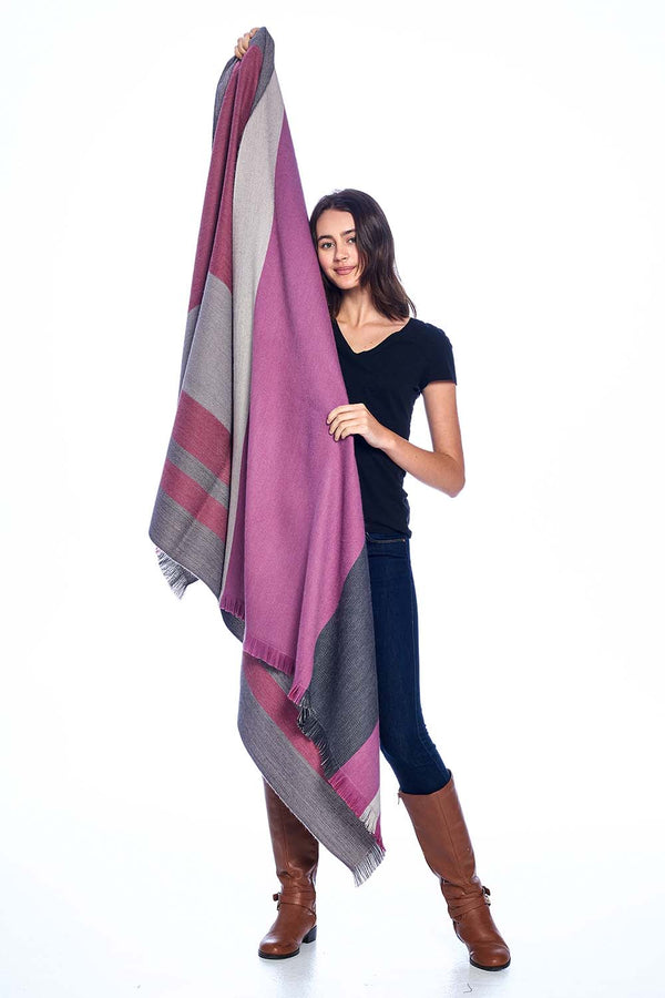 Alpaca Reversible Throw Blanket Sangria Shupaca