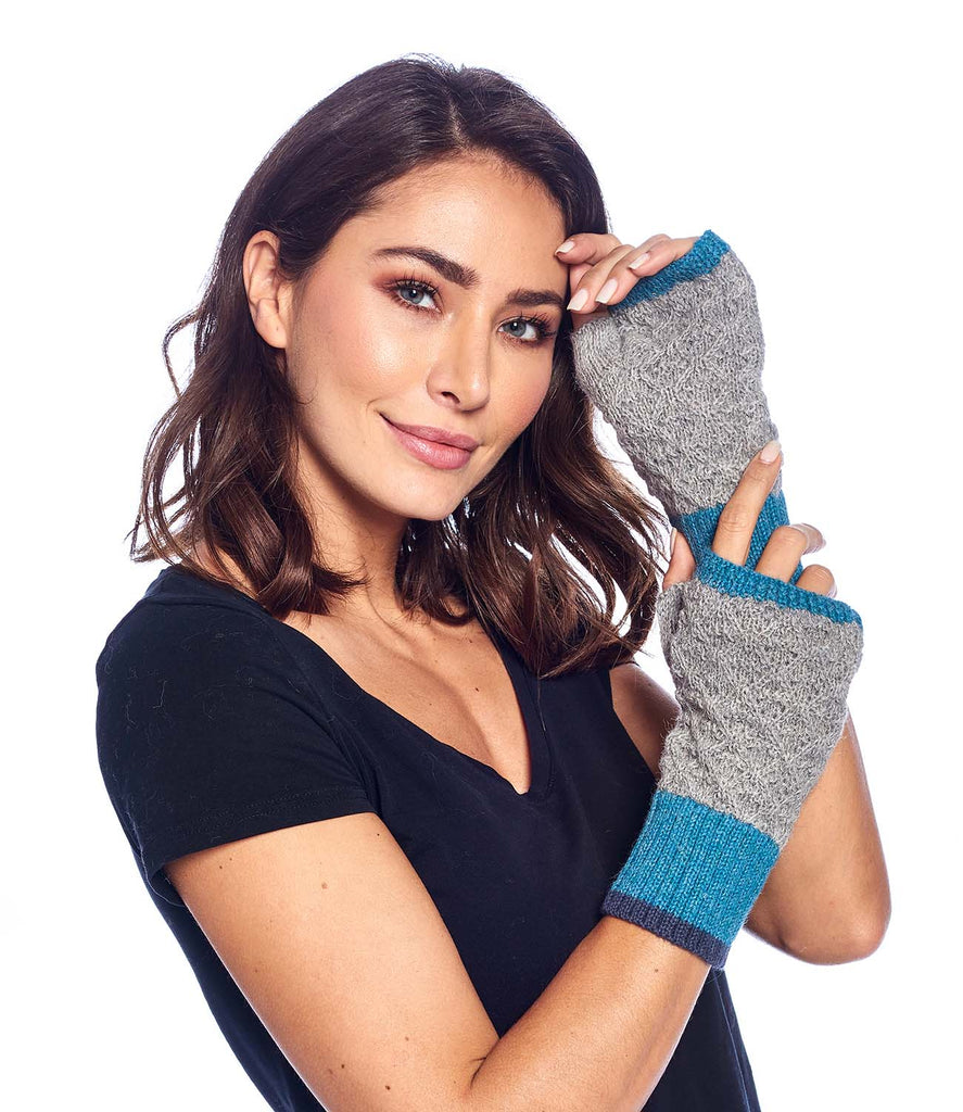 Alpaca Gloves Color Block Aqua by Shupaca