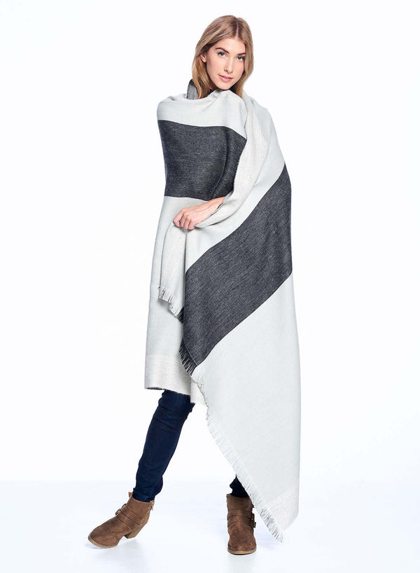 Alpaca Reversible Throw Blanket Monochrome by Shupaca