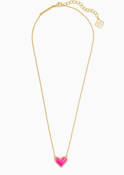 Ari Heart Short Necklace in Gold