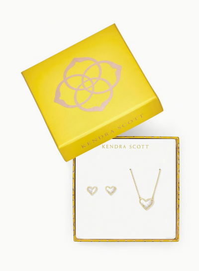 Ari Heart Necklace & Earrings Gift Set In Ivory Mother of Pearl