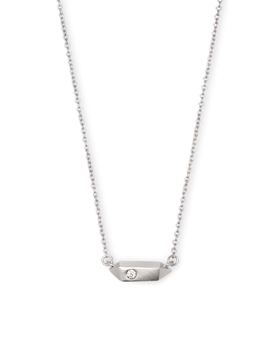 Charly Pendant Necklace in Silver