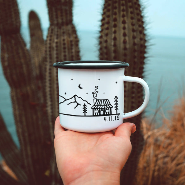 Custom Name/Text Enamel Camping Mug - Cabin Design
