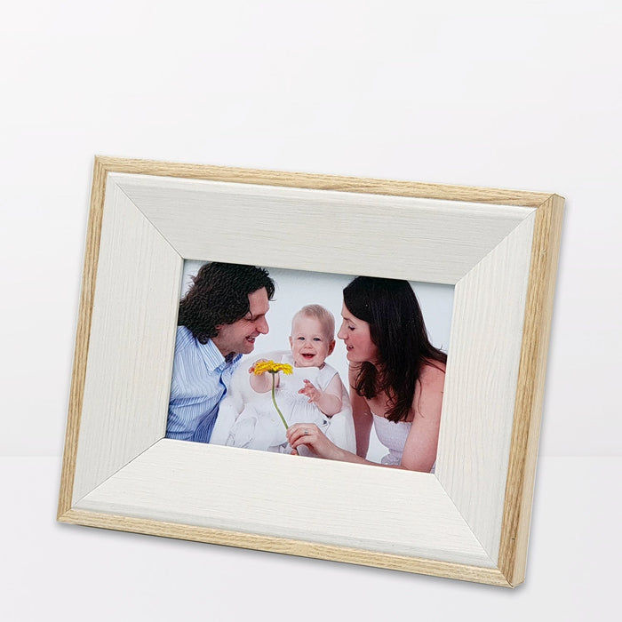 Oak Photo Frame and white wood with 6x4 picture